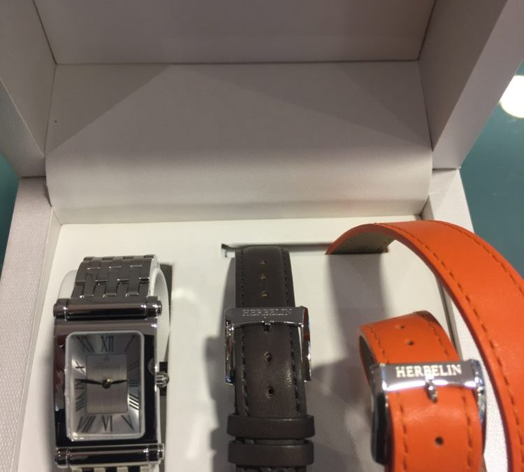 Les montres Michel HERBELIN, fabriquées en France, sont garantie 5 ans jusqu'au 9 Janvier 2018