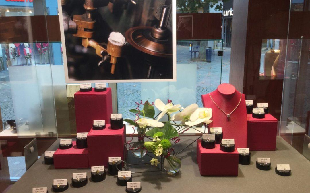Exposition de diamants de qualité exceptionnelle en direct de la taillerie d'Anvers la semaine dernière à la bijouterie VAILLANT
